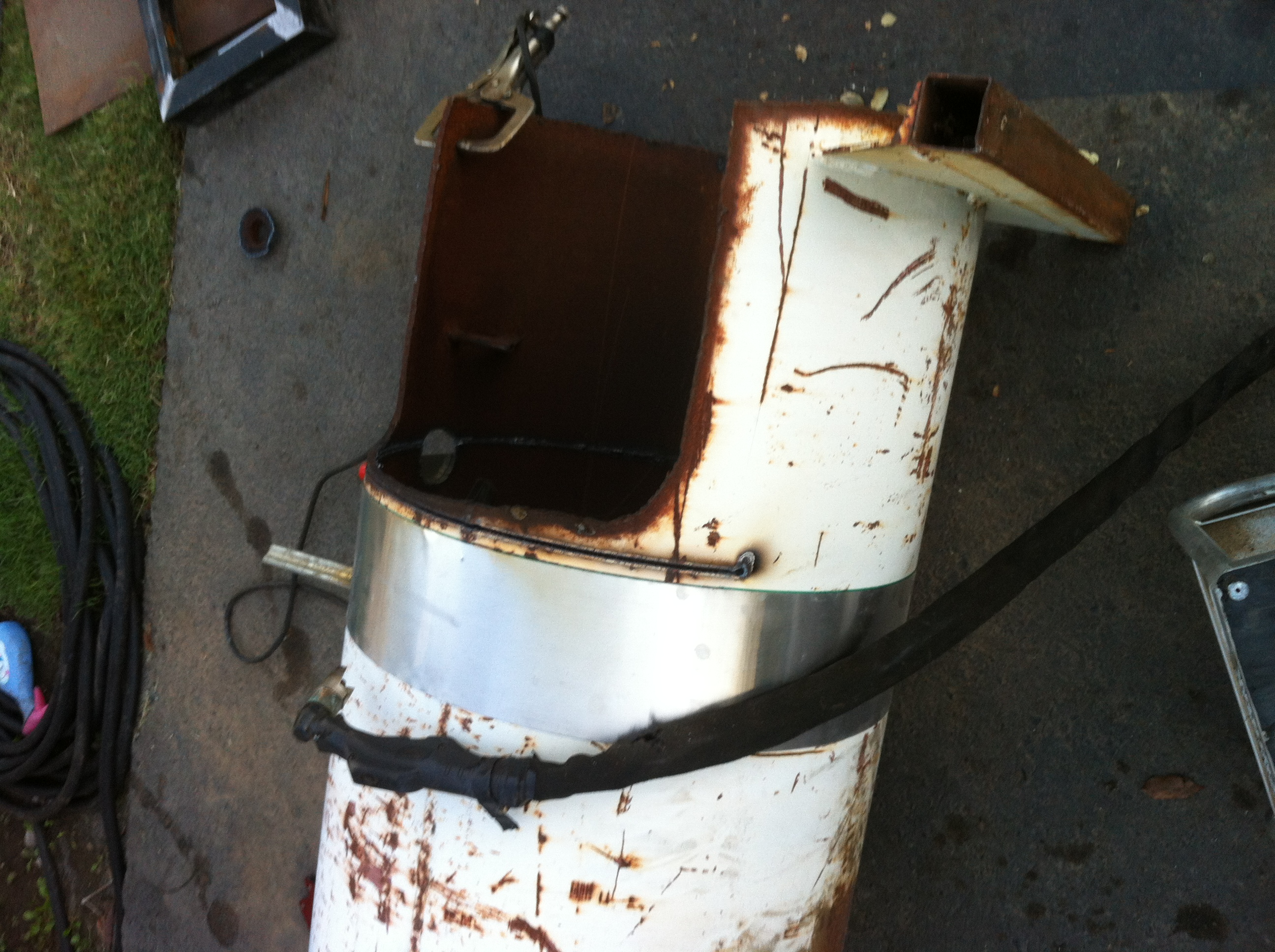 Next I fab\u0027d up the square frame that would be my door for the fire box. I made it as big as possible so that I could throw chunks of wood into ... & Building A 175 Gallon BBQ Smoker With My Plasma Cutter And Welder ...